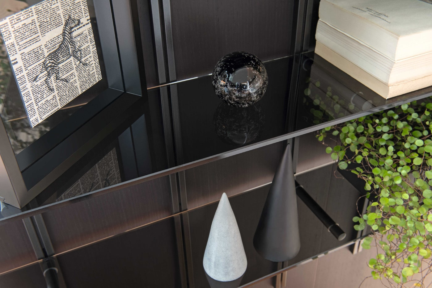 デザイン棚柱 Pin(ピン) の施工例・採用事例