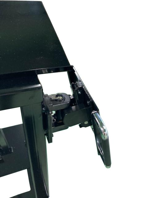 モニターマウント KA-T100S50の施工例・採用事例
